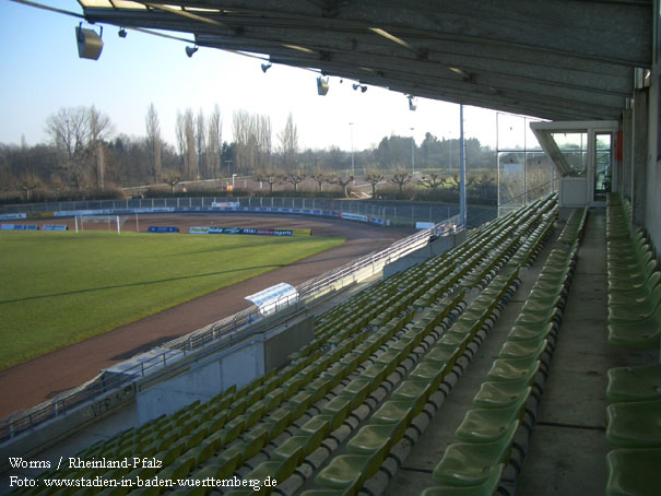 Worms Stadion
